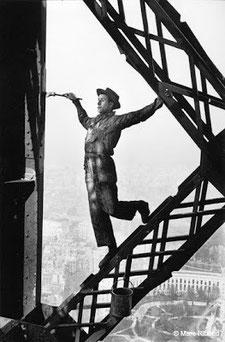 1953, le peintre de la Tour Eiffel
