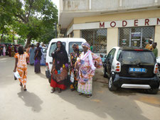 Frauenmode in Dakar(Senegal)