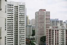 林立する高層マンションの画像