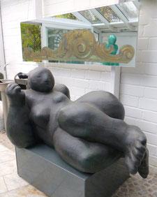 Bronze, 80 x 85 x 155 cm