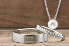 自分の好きなデザインにした結婚指輪