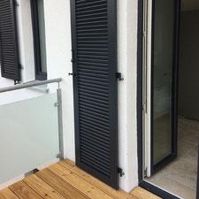 architekturbuero_waessa_sanierung_einfamilienhaus_bruchsal_detail_fensterladen_balkon