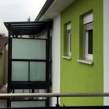 architekturbuero_waessa_modernisierung_mehrfamilienhaus_moltkestrasse_17-17b_bruchsal_balkon