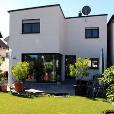 architekturbuero_waessa_neubau_wohnhaus_forst_gartenseite