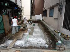 基礎工事 捨てコンクリート打設画像1
