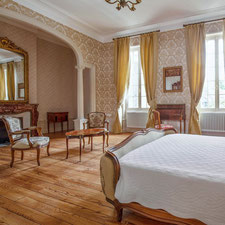 """Die Suite Napoleon III im Schloβ Belle Epoque in der Gegend  """"Les Landes"""" 40"""