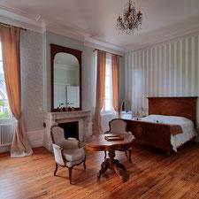 La chambre Louis Napoléon au Château Belle Epoque dans les Landes 40