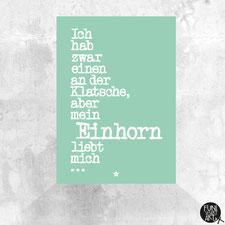 Einhorn Postkarte Mein Einhorn liebt mich