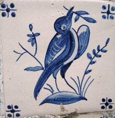Art.-Nr.: AA-Vogel mit Blatt 003