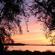 Sunset over the St-Lawrence Seaway