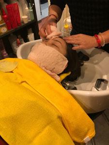 Liviムラタのレディースシェービングにおいて上部半分が剃り終えました。