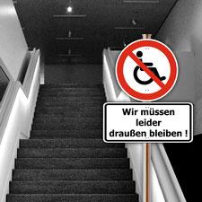 Grafik: Ein Rolli-Verbotsschild vor Treppen