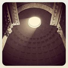 Collezione Pantheon, fotografie di Alberto Desirò
