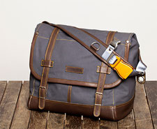 KURIERTASCHE / MESSENGER BAG