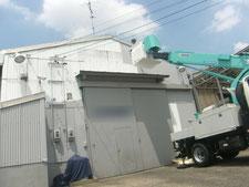 外壁スレートの塗装:工事中写真