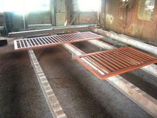 鉄製引き戸の新設:工事中写真