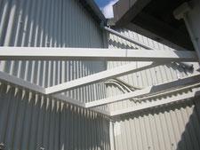 雨避け庇の新設:工事中写真