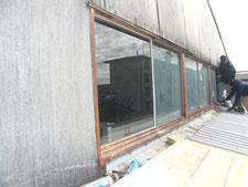 鉄製サッシ窓硝子:工事中写真