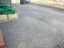 アスファルト舗装を半たわみ性舗装に改修:工事後写真