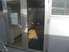 アルミ製框ドア:工事後写真