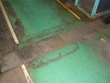 工場内通路と排水溝蓋の改修:工事前写真