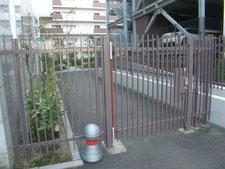 鉄扉の修繕工事:工事中写真
