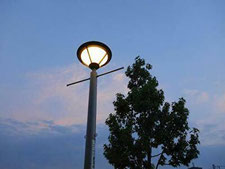街灯の工事写真