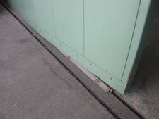 ハンガードアの歪強制:工事前写真