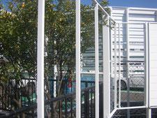 境界フェンスの拡張:工事中写真