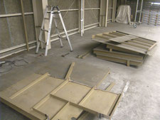 鉄製ラックの解体:工事中写真