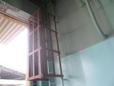 タラップの落下防止柵:工事後写真