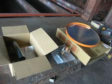 カーブミラーの設置:工事中写真