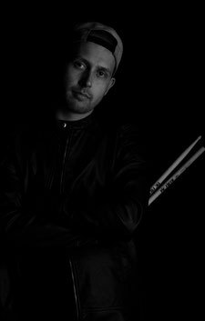 Janis Zahnd   -   Drums