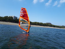 ウインドサーフィン スクール 海の公園 スピードウォール