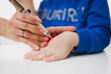 Kinderakupunktur mit Laser völlig schmerzfrei