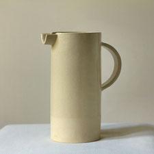 Krug, groß bei Malga Keramik