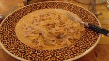 クルミの入ったクリームパスタ。美味しかったけど量が多い・・・これに、あとパンがついてた。あ、もちろん完食しました(^^)v