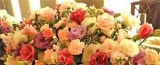 無宗教葬で花の祭壇