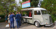 Hochzeits Apéro Catering  Oldtimer Foodtruck