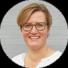 Séverine Sommer, Kursleiterin Rückbildungskurse, hebammen-aarau, Hebammenpraxis Aarau