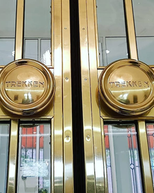 restauratie deurkozijnen brons