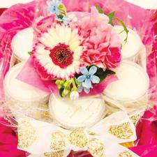 花商 じーまーみ豆腐deケーキ 事例 御礼品(生花)