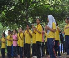 エコキャンプでは、グループごと に環境に関する発表を行いました