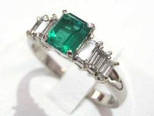エメラルドダイヤリングなど宝石、ジュエリーの買取は埼玉県上尾市の質屋かんてい局上尾駅前店