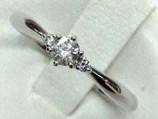 プラチナのダイヤリングを高値で買取する上尾市の質屋
