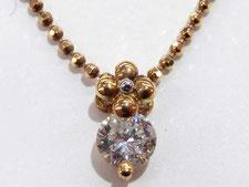 ダイヤなどの貴金属を売るなら専門の鑑定士のいる質屋にお任せください。(金、プラチナの高額買取店)