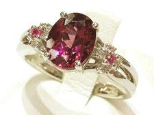 ガーネットの指輪やネックレスなどのジュエリー買取は埼玉県上尾市の質屋かんてい局上尾駅前店