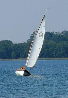 Bausatz Segelboot, DIY dinghy, Klinker Jolle mit Gaffel bzw. Gunther Rigg.