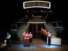 Bühnenbild Grandhotel Bühne Baden 2017