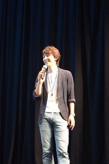 浜魂のプロデューサー小野寺さん。イベント全体を見守りつつ進行役も
